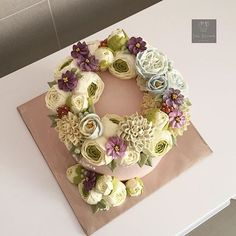 #bunga #buttercream #buttercreamcake #buttercreamflowers #buttercreamflowercake #flower #flowercake #cake #cakemalaysia #cakedesign #cakedecorating #sayajual #sayajualkek #sayajualkeksedap #pretty #beautiful #kek #kekmalaysia