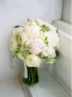 White peonies ranunculus bouquet.