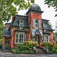 Brockville Ontario - Canada - Second Empire Architecture - Heritage House. Place located in Morristown, United States Architecture Design, Victorian Architecture, Beautiful Architecture, Beautiful Buildings, Beautiful Homes, Victorian Homes Exterior, Computer Architecture, Architecture Student, Second Empire