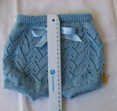 Blog Abuela Encarna Knitting Blogs, Knitting Charts, Knitting For Kids, Baby Knitting, Knitting Patterns, Crochet Patterns, Baby Cardigan Knitting Pattern, Crochet Baby Clothes, Baby Pants