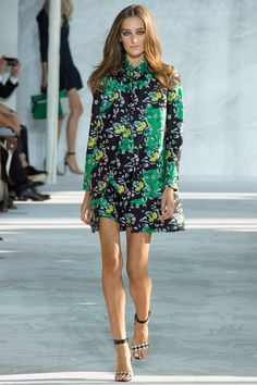 This look from the Diane von Furstenberg Spring 2015 show is really cute. However, I don't care for the pattern at all. For me the pattern needs to be brighter. But, I love the style of it and the way it looks in the model. It's getting there but it's not close enough!