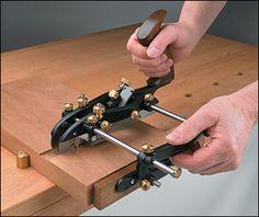 Veritas® Combination Plane - Lee Valley Tools
