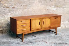 GENTLEMEN DESIGNERS, Mobilier vintage, made in France ENFILADE SCANDINAVE, SIDEBOARD, TECK VINTAGE, 3 TIROIRS