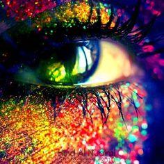 ⋆❉✦ Colour my World in Rainbows ✦❉⋆ Rainbow glitter eyes Rainbow Eyes, Love Rainbow, Over The Rainbow, Rainbow Colors, Glitter Makeup, Glitter Eye, Eye Photography, Eye Art, Look At You