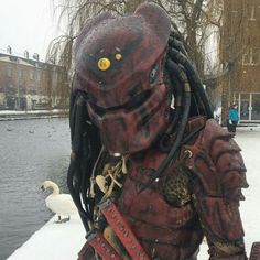 Predator Main Character, Comic Character, Predator Costume, Costume Ideas, Costumes, Predator Alien, Sci Fi Comics, Alien Art, Xenomorph