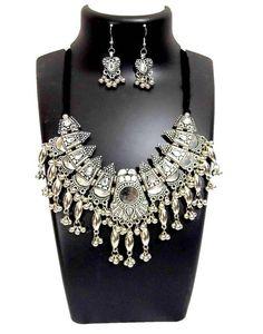 Oxidized Metal Navratri Jewellery Set-White Beads Pendant 3