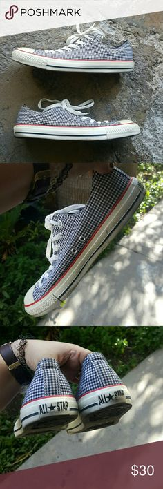 All star converse Checkered all star converse. Gently loved. Some normal wear. Size 10 in men's 12 in women's. #allstar #converse Converse Shoes Sneakers
