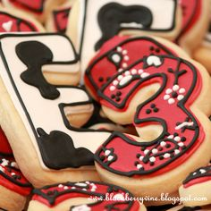 The Blackberry Vine  Farm Party Cookies Love the cow and bandana print on  the cookies! e5ac01cd8464