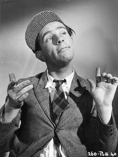 Norman Wisdom - I loved watching his films when I was growing up , sadly you don't see them on the tv any English Comedy, British Comedy, British Actors, British Humour, British History, Comedy Actors, Actors & Actresses, Norman Wisdom, Terry Thomas