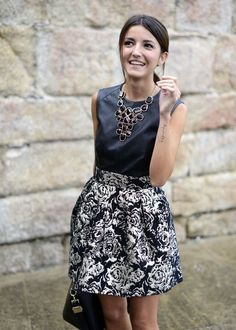 24 Chic Fall Wedding Guest Outfits For Ladies   HappyWedd.com