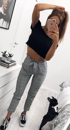 casual spring inspiration_black crop top + plaid pants + sneakers