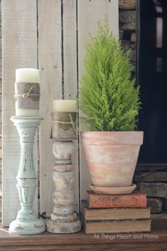 Spring-Mantle. I want some candlesticks like this!