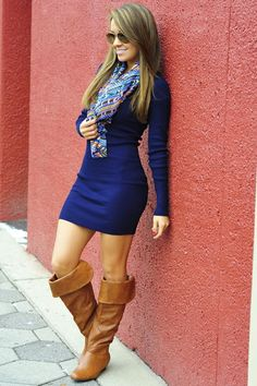 Love this solid color dress with boots! <3 #dress #boots #outfit
