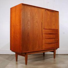 Vintage Danish Teak Cabinet 2-Arne Vodder