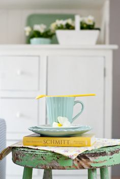 Yellow in Minty House, mint, Ib Laursen, spring