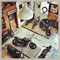 ideas motorcycle man cave autos for 2019 Motos Vintage, Vintage Bikes, Vintage Motorcycles, Custom Motorcycles, Custom Bikes, Motorcycle Workshop, Cafe Racer Motorcycle, Motorcycle Garage, Motorbike Shed
