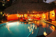 Si Como No This is just for luxury travelers  #CostaRica #Tours #Travel #Essentialcr #rainforest #hotels