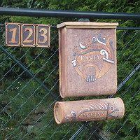 Zahradní doplňky / Keramika | Fler.cz Floral Hoops, House Numbers, Mailbox, Industrial, Garden Art, Diy Room Decor, Flower Pots, Clay, Outdoor Decor