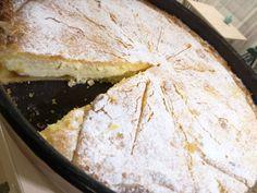 Túrós pite baracklekvárral | Mai Móni Hungarian Recipes, Hungarian Food, Camembert Cheese, Food And Drink, Tarts, Women's Fashion, Mince Pies, Pies, Tart
