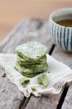 Matcha Black Sesame Cookies | Chopstick Chronicles