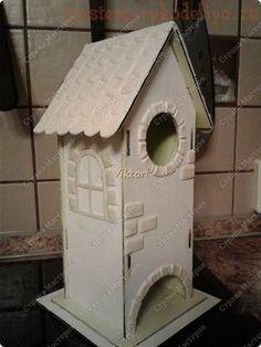 Как задекорировать заготовку Чайный домик с помощью соленого теста и шпатлевки Diy Clay, Clay Crafts, Cute House, Paris Art, Bird, Outdoor Decor, Home Decor, Craftsman Homes, Upcycling