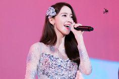 Im Yoona (SNSD) là bình hoa di động: Không, cô ấy đáng được trân trọng và công nhận hơn thế! - Ảnh 4.