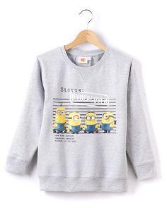 Minions Sweatshirt, Minions Sweatshirt Minions med rund halsringning. Genseren har trykk med minioner foran og ribbede kanter. 92% bomull, 8% polyester.