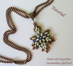 MAPLE LEAVES superduo beaded pendant beading tutorial beadweaving pattern beadwork jewelry beadweaving tutorial beading pattern instructions #beadedjewelrypatterns
