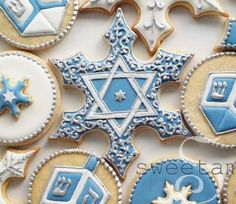 sweetambs hanukkah cookies. The most beautiful Hanukah cookies I have ever seen!