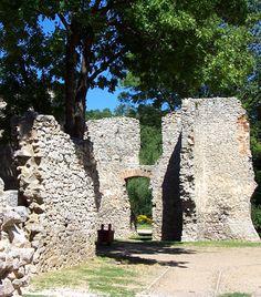 15 misztikus várrom Magyarországon   femina.hu Tettye Homeland, Hungary, Castles, To Go, Building, Places, Travel, Self, Construction