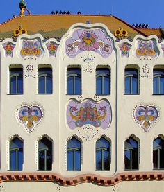 The Cifrapolata, an Art Nouveau gallery and museum in Kecskemet, Hungary Architecture Art Nouveau, Beautiful Architecture, Art And Architecture, Central Europe, Art Deco Design, Gaudi, New Art, Chinese, Pictures