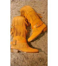 Comprar botas Eli niña | Espectácularmente bonita y cómoda | Gran selección de zapatos Eli en Mi Gatito Pepo. http://www.migatitopepo.es/4-zapatos-nina #calzadoinfantil #calzadoniña