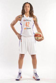 Brittney Griner wearing Nike Hyperdisruptor PE