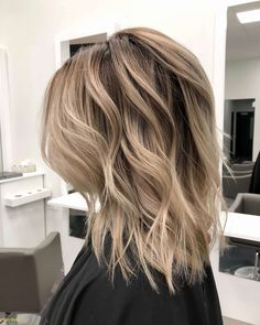 Die 61 Besten Bilder Von Stufenschnitt Mittellang In 2018 Hair
