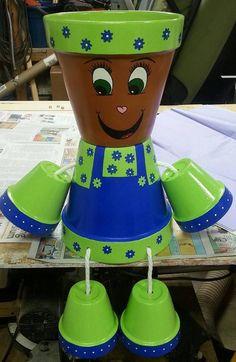 Flower Pot Art, Flower Pot Design, Flower Pot Crafts, Terracotta Flower Pots, Clay Flower Pots, Clay Pots, Flower Pot People, Clay Pot People, Clay Pot Projects