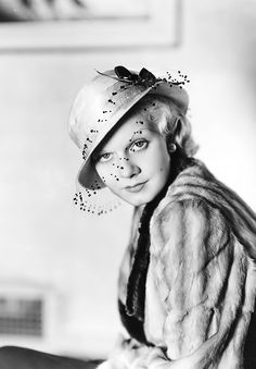Jean Harlow  -- love the hat as well