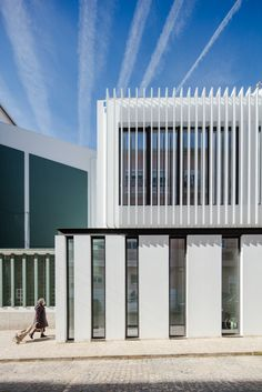Gallery of Pastoral Center of Moscavide / Plano Humano Arquitectos - 22