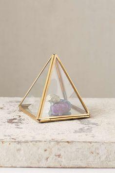 Boîte pyramidale en verre