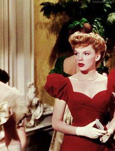 Judy Garland  was so cute in MEET ME IN ST. LOUIS (1944) - one of my favorite musicals!