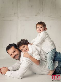 retrato familia estudio.family portrait studio