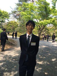 Yuzuru HANYU 羽生結弦 羽生選手です。カメラ取材のお願いにも大変気さくに応じて下さいました。招待を受けたことについて「大変光栄なこと。しっかりと目に焼き付けたいと思います」とのことでした。両陛下はもちろん、同年代の眞子様とどんなお話をされるのか楽しみです。