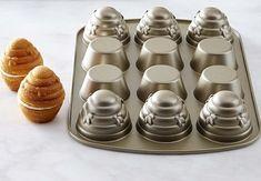 Williams-Sonoma Beehive Cupcake Pan | Baking Bites