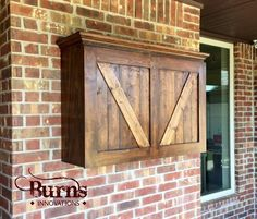 Protect your outdoor TV with a beautiful custom TV cabinet. Doors open with a ve… Protect your outdoor TV with Outdoor Tv Box, Outdoor Tv Covers, Outdoor Storage, Outdoor Tv Case, Outdoor Buffet, Deck Storage, Outdoor Cinema, Tv Storage, Garage Storage