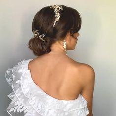 Long Hair Wedding Styles, Wedding Hairstyles With Veil, Crown Hairstyles, Wedding Hair And Makeup, Bride Hairstyles, Wedding Hair With Veil, Headpiece Wedding, Bridal Headpieces, Gold Hair Accessories
