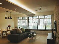 plafond suspendu avec éclairage dans une salle de séjour                                                                                                                                                                                 Plus
