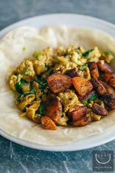 Tandoori Tofu Scramble + Spiced Fries | vegan miam