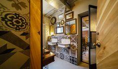 Simbio s a mutat în casă nouă, pe strada Negustorilor. Într o clădire superbă, de peste un secol.