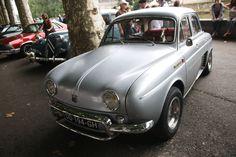 https://flic.kr/p/y5ZfF7 | Dauphine | Renault Dauphine à Saint-Girons