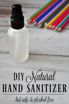 Learn how to make this DIY natural hand sanitizer thats kid safe and why its a better alternative to conventional hand sanitizers. A great homemade hand sanitizer that is perfect for back to school, Alcohol Free Hand Sanitizer, Natural Hand Sanitizer, Natural Beauty Tips, Natural Skin Care, Natural Health, Homemade Skin Care, Aloe Vera Gel, Beauty Care, Diy Beauty