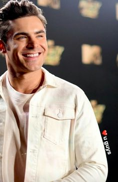 Zac Efron MTV MOVIE AWARDS
